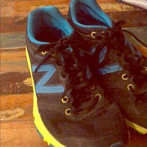 New Balance 730 tennis shoes